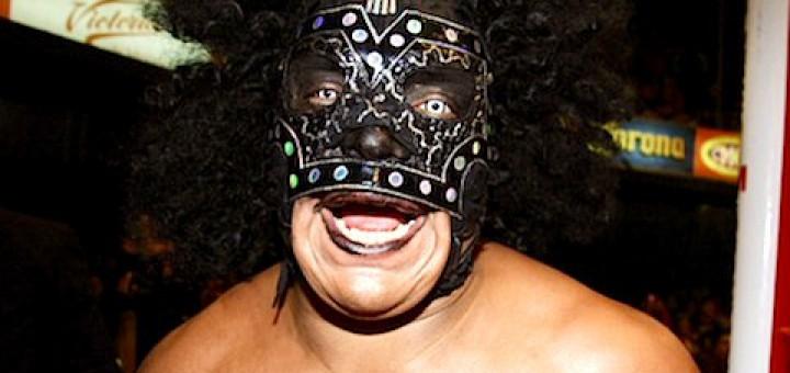 ミステル・ニエブラ、CMLL解雇の...