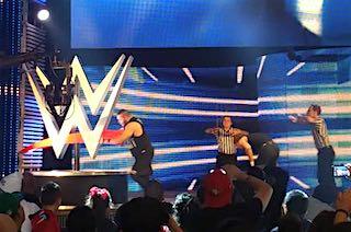 SmackDown0105_05